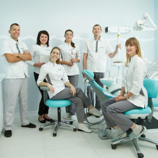 Чи реально комфортне лікування зубів у дітей та дорослих в Житомирі