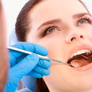Лікування зубів у дорослих
