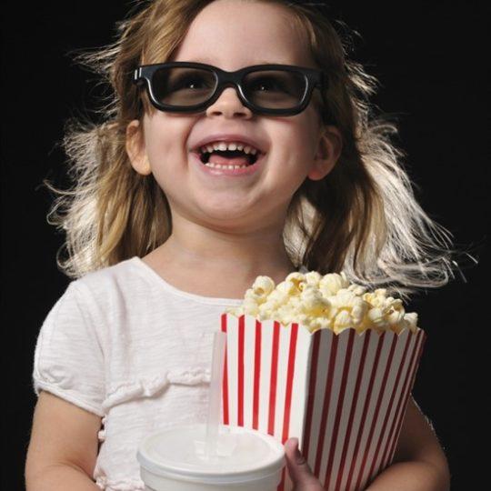 Модный попкорн разрушает детские зубы !!!